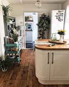 A Quick(ish) Kitchen Update — Melanie Jade Design Kitchen Worktop, Kitchen Units, Open Plan Kitchen, Updated Kitchen, Kitchen Decor, Kitchen Design, Kitchen Ideas, Kitchen Trends, Rustic Kitchen