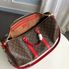 ✅ Premium Quality and Classy Stuff 👜 . Louis Vuitton Backpack, Louis Vuitton Keepall, Louis Vuitton Handbags, Louis Vuitton Speedy Bag, Louis Vuitton Monogram, Lv Luggage, Vintage Bags, Upcycled Vintage, Valentino Black