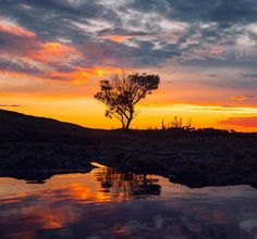 A last minute decision to head to Wave Rock near Hyden Western Australia was rewarded with a beautiful sunset.