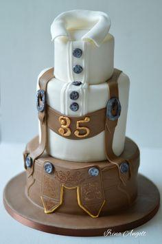 Lederhose cake