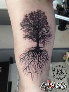 Tree Of Life Tattoo Design For Women Families Roots 16 Ideas For 2019 - - Tree Of Life Tattoo Design For Women Families Roots 16 Ideas For 2019 Tattoos Tree Of Life Tattoo Design For Women Families Roots 16 Ideas For 2019 Dead Tree Tattoo, Tree Roots Tattoo, Tree Sleeve Tattoo, J Tattoo, Tree Tattoo Men, Tree Tattoo Designs, Line Tattoos, Tattoo Designs For Women, Body Art Tattoos