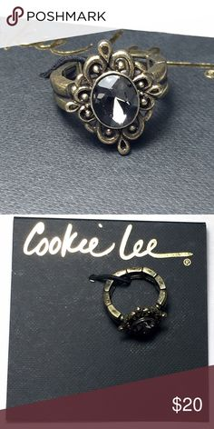 Cookie Lee Genuine Crystal Stretch Ring Stretches to fit most sizes. Cookie Lee Jewelry Rings