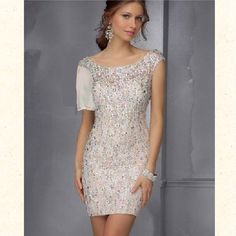 Embellished Cocktail Dress by Sticks and Stones by Mori Lee sparkly dress (wish it would be a little longer) Dresses Short, Junior Dresses, Modest Dresses, Tight Dresses, Satin Dresses, Chiffon Dress, Sequin Dress, Robes Pour Juniors, Mini Vestidos