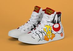 The Looney Tunes go far beyond just the Jordan 11 Space Jam in the sneaker world. Bugs Bunny and company have collaborated with a number of brands over the years, and now they're back with an upcoming Converse Chuck Taylor … Continue reading →