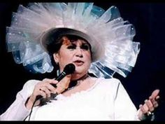 Ginette RENO Parlez moi de lui. Me Me Me Song, Songs, Concert, Youtube, Souvenir, French Songs, Singers, Music, Outfit
