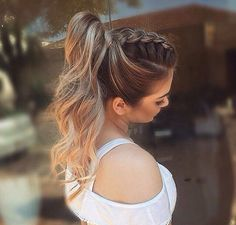 It can be quite a hard situation that you should pick the hairstyle for the your special situation so we are giving a brief account of the finest wedding hairstyles which will never walk out of fashion. Wedding Bun Hairstyles, Braided Ponytail Hairstyles, Homecoming Hairstyles, Party Hairstyles, Cool Hairstyles, Braid Ponytail, Layered Hairstyle, Low Chignon, Medium Hair Styles