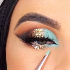 Fancy Makeup, Makeup Eye Looks, Eye Makeup Steps, Colorful Eye Makeup, Red Makeup, Beautiful Eye Makeup, Glitter Makeup, Cute Makeup, Smokey Eye Makeup