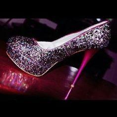 918b88f6bb3a 8 najlepších obrázkov z nástenky svadobné topánky