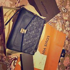 0c2f0d4734f5 Louis Vuitton Handbag   Louis Vuitton neverfull Louis Vuitton neverfull  Brown   Red Louis Vuitton Handbag All Black Louis Vuitton Bags Mini Bags