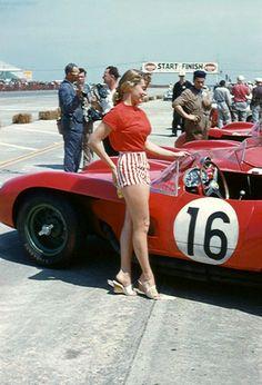 Sports Car Racing, Road Racing, Race Cars, Auto Racing, Ferrari Racing, Racing Events, Grid Girls, Vintage Race Car, Car Girls