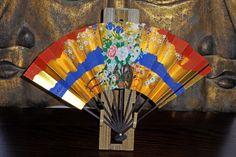 Japansk Solfjäder  i Guld med blommor