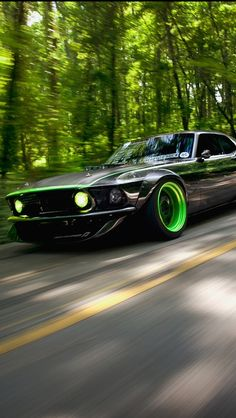 Mustang Week was so much fun! Gitten's 69' Mustang RTR-X was even smexier in person!