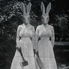 Creepy Rabbit Halloween Art, Twins, Altered Vintage Photography Print, Halloween Decor, Black and White Rabbit Halloween, Halloween Art, Halloween Horror, Dark Photography, Vintage Photography, Inspirer Les Gens, Fantasias Halloween, Bizarre, Animal Heads