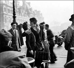 Lo que no sabías del Día Internacional de Beso