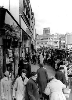 Lewisham market 1958. I used to love going there with mum and dad . I was 11 then.