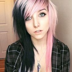 50 Emo Hairstyles For Girls Emo Hairstyles Hair Styles, Emo Hair Cool Hairstyles For Girls, Funky Hairstyles, Scene Hairstyles, Hairstyles Haircuts, Pelo Emo, Cute Emo Girls, Emo Scene Hair, Corte Y Color, Platinum Blonde Hair