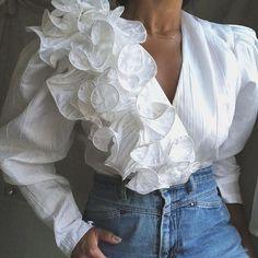 Elegant V-Neck Stitching Asymmetric White Blouse – Ininruby Collar Designs, Sleeve Designs, Blouse Designs, Chinese Holidays, Asymmetrical Design, Red Design, Eminem, Types Of Sleeves, Vintage Ladies