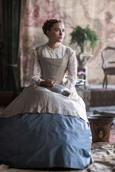 Florence Pugh Source - Florence Pugh Source Florence Pugh as Amy March in LITTLE WOMEN Set in the the costumes were designed by Jacqueline Durran. Vintage Outfits, Florence Pugh, Woman Movie, Movie Costumes, Period Costumes, Costumes For Women, Costume Design, The Dress, Beautiful People