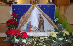 Altar Decorations, Christmas Decorations, Cd Art, Kirchen, Holiday Gifts, Nativity, Merry, Painting, Design