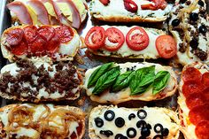 French Bread Pizzas by Ree Drummond . Make your own special French bread pizzas with things you like Dinner Recipes For Kids, Kids Meals, Dinner Ideas, Meal Ideas, Pizza Recipes, Cooking Recipes, Freezer Cooking, Cooking Tips, Cooking Humor