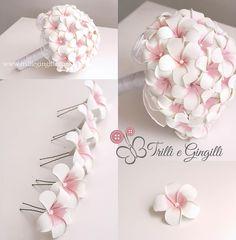 Bouquet di frangipani rosa con perle