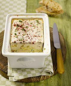 Geflügelterrine mit Roquefort und Birnen