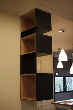 Szafki ścienne Icon Blox oferowane przez Icon-Concept.pl idealnie nadają się do biura, loftów, domu. Sprawdź nasze Szafki ścienne Icon Blox!