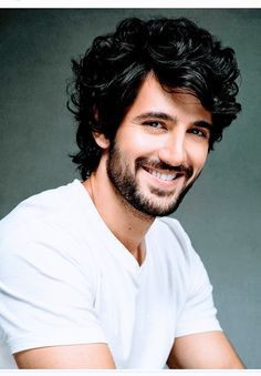 Aditya Seal Latest Workout Routine And Diet Plan - Health Yogi Cool Hairstyles For Men, Winter Hairstyles, Aditya Seal, Famous Indian Actors, Hair And Beard Styles, Hair Styles, Gents Hair Style, Crush Pics, Hair