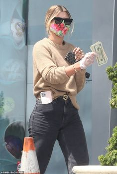 Sofia Richie, Khloe Kardashian Style, Fashion Models, Fashion Outfits, Malibu, Beige Outfit, Vetement Fashion, Models Off Duty, Spring Street Style