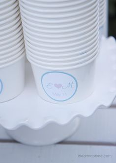 DIY ice cream stand ...so cute!