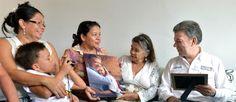"""""""Juan'pa"""" entregó casa nueva a doña """"Mechas"""". Aquí la historia [http://www.proclamadelcauca.com/2014/08/juanpa-entrego-casa-nueva-a-dona-mechas.html]"""