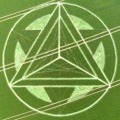 Anche il cerchio nel grano di Wanborough Plain, nr Liddington, Wiltshire del 1 luglio, è cambiato! #cro pcircle