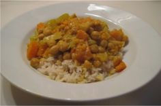 Coconut Curry Chickpeas  This is such a great easy vegetarian recipe :)