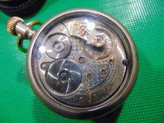 awesome VANGAURD !!   18s  21J Waltham Vanguard Glass Again Show Case RR Watch !!
