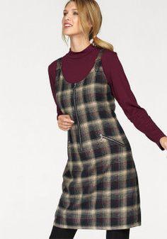 Новая коллекция платьев