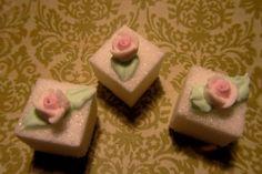 Elegant mini roses on sugar cubes for elegant tea parties by Cuberiffic on Etsy https://www.etsy.com/listing/205037301/elegant-mini-roses-on-sugar-cubes-for