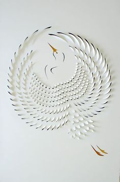 The Hand Cut Paper Art, Beautiful and creative Paper Art by Lisa Rodden, Australian paper artist Lisa Rodden cuts, slices, and folds thick layers of white paper on top of acrylic Paper Cutting, Cut Paper, 3d Cuts, Diy Papier, Ideias Diy, Paper Artwork, Paper Artist, Creative Advertising, Paper Crafting