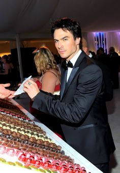 Ian Somerhalder in front of chocolate?  That is a picture that most women could stare at for a long time - most of us LOVE chocolate and Ian doesn't suck to look at! LOL!