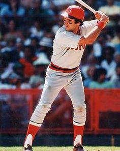 Fred Lynn, one of my favorites, he & Jim Rice marked the year my love affair with Major League Baseball began.
