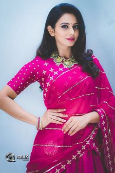 Hot and sexy tollywood and Bollywood movies actress rakul preet singh bride look very cute beautiful photos and hd wallpapers with navel bo. Blouse Back Neck Designs, Blouse Designs, Blouse Patterns, Beautiful Bollywood Actress, Most Beautiful Indian Actress, Indian Beauty Saree, Indian Sarees, Rakul Preet Singh Saree, Indian Bollywood