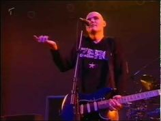 The Smashing Pumpkins - Live in Düsseldorf (Germany, 1996) - YouTube