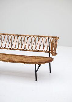Rattan settee from Dirk van Sliedregt 1956 - City-furniture.be Design City Furniture, Outdoor Furniture, Outdoor Decor, Settee, Window, Van, Sofa, Design, Home Decor