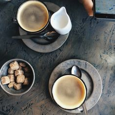 London's Cafes | To Stay or To Go?