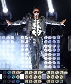 A skeletal Miguelflexes his muscles during a performance on Oct. 31 in Washington, D.C.
