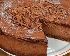 Trianon au chocolat allégé : http://www.fourchette-et-bikini.fr/recettes/recettes-minceur/trianon-au-chocolat-allege.html