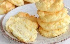 Pain nuage à 0 SP, de délicieux petits pains très légers à base de 3 ingrédients, facile et rapide à confectionner pour accompagner vos repas.