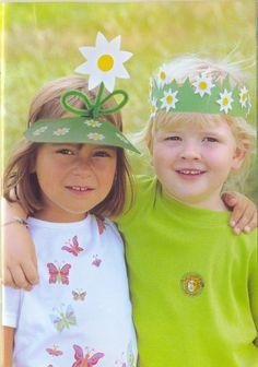 Muitos moldes e modelos de viseiras e óculos de primavera, de flores! Diy For Kids, Cool Kids, Crafts For Kids, Spring Activities, Art Activities, Preschool Crafts, Easter Crafts, Costume Fleur, Ben Y Holly