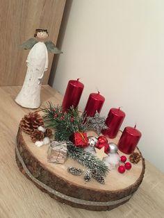 Christmas Chandelier, Christmas Candle Decorations, Tabletop Christmas Tree, Christmas Arrangements, Christmas Crafts For Kids, Rustic Christmas, Christmas Projects, Christmas Wreaths, Natural Christmas