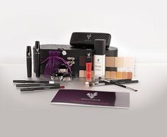 This Presenter Kit has everything you need to be successful! It is $99 and i garemtee with my support youll make that back in just 2-4 weeks!
