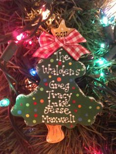 Christmas Tree family personalized ornament by EvansCraftHut Wooden Christmas Crafts, Family Christmas Ornaments, Diy Christmas Ornaments, Christmas Projects, Holiday Crafts, Christmas Decorations, Yard Ornaments, Wooden Ornaments, Christmas 2015